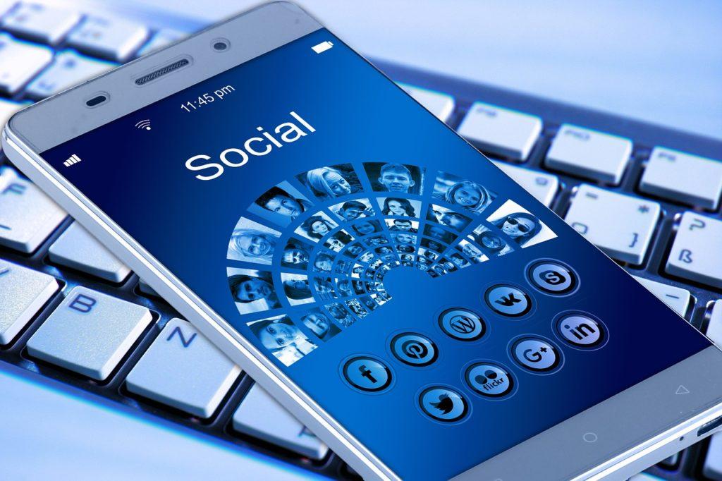 Bziiit réseaux sociaux événementiel