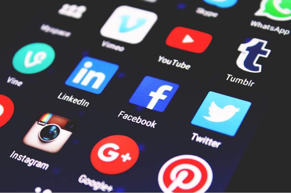 Réseaux sociaux pour organisation d'un évènement Facebook