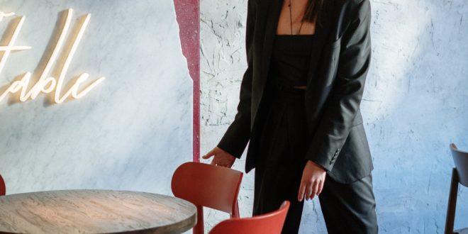 magasin événementiel Paris,boite evenementiel paris; devenir hôtesse d'accueil