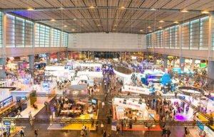 Paris Expo Porte de Versailles animation stand les sites événementiels soutiennent la lutte contre le COVID-19