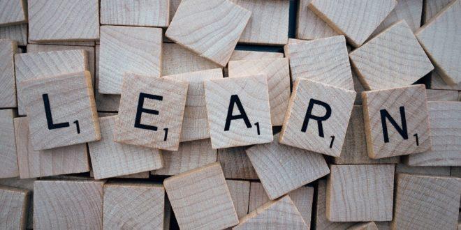 apprendre grâce à la formation en ligne sur l'événementiel