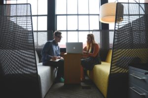 Pendant la crise, tout le monde s'entraide et c'est important lorsqu'on travaille en freelance