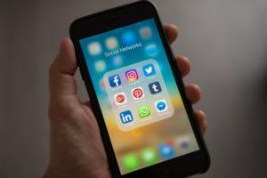 miser sur les réseaux sociaux pour organiser son événement virtuel