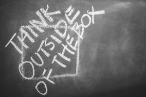 Penser en dehors de la boîte en situation de crise quand on est freelance