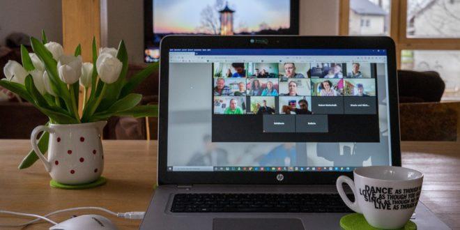 l'immersion du public est importante dans les conférences virtuelles attente des participants virtuels organisation d'événements virtuels organiser un événement networking virtuel