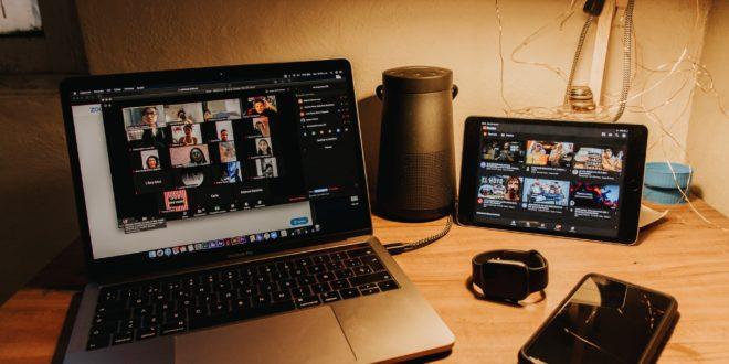 Rapprocher les sponsors d'un événement virtuel au public réunion en ligne