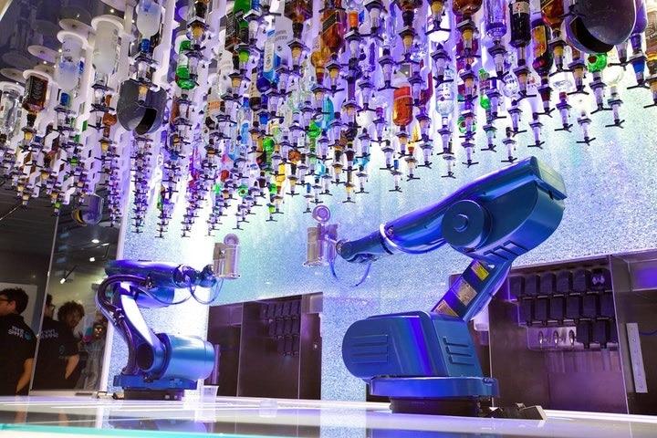 barman robotique de Scarlett Entertainment